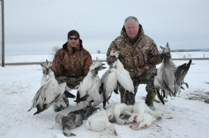 Spring Snow Goose Hunting - Mound City, Missouri